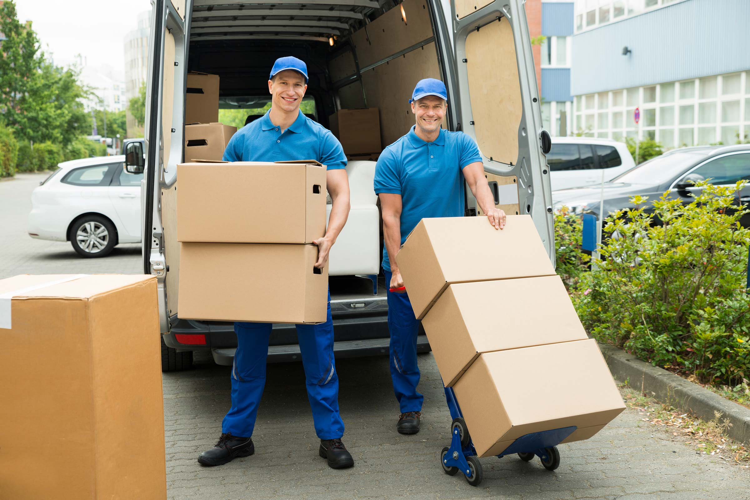 10 Tips to Find the Right Moving Company